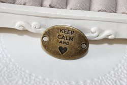 "Entremeio ""Keep Calm and Love"" 27x20mm BRONZE (unidade)"
