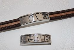 "Stainless Steel Spacer. Curved. 40x12mm Hole 11x3,5mm ""LOVE"" (unit)"