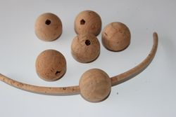 Cork Balls 25mm WITH Holle 3mm (unit)